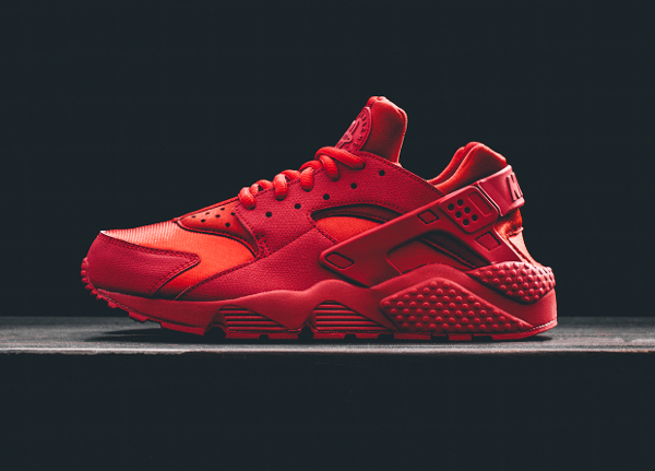Nike Air Huarache 'Triple Red Ruby'