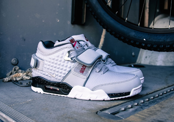 Nike Air Trainer V Cruz Wolf Grey