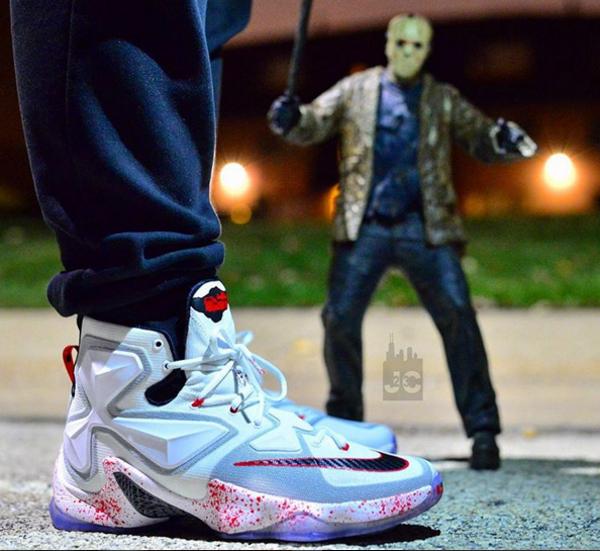 Nike Lebron 13 taches de sang (1)