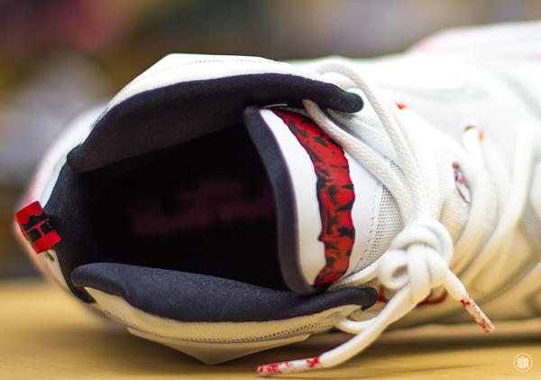 Nike Lebron 13 taches de sang (17)