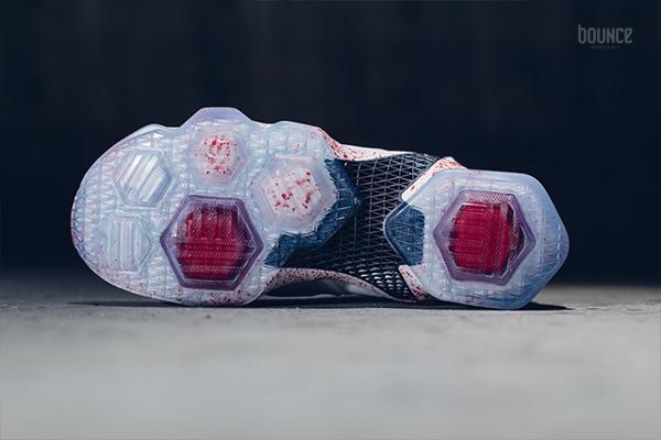 Nike Lebron 13 taches de sang (4)