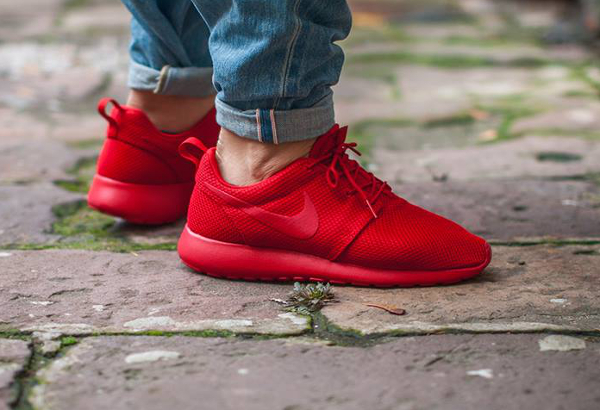 377c99239796 nike roshe one triple red