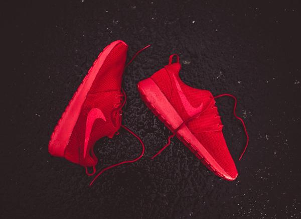 Nike Roshe One Varsity Red (2)