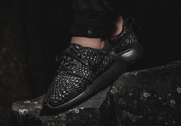 Nike Roshe Run DMB Triple Black (3)