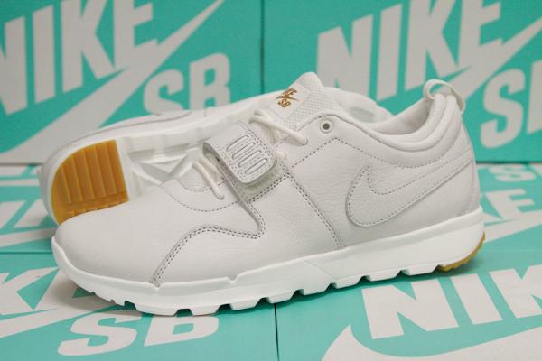 Nike SB Trainerendor PRM Summit White Gum (2)