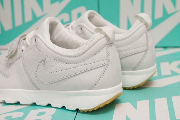 Nike SB Trainerendor PRM Summit White Gum (4)
