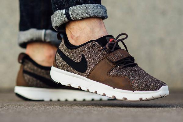 Nike SB Trainerendor Tweed Baroque Brown