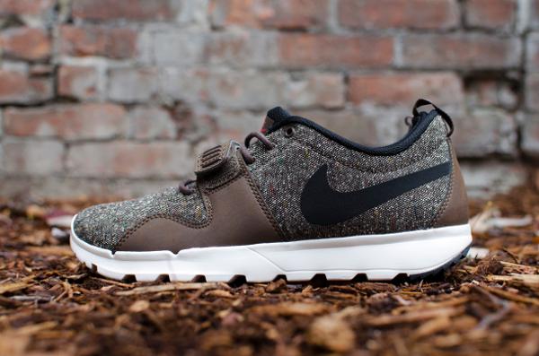 Nike Trainerendor Brown Black Crimson (1)