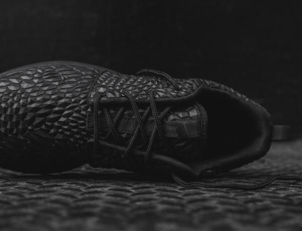 Nike Wmns Roshe One Diamondback noire (9)
