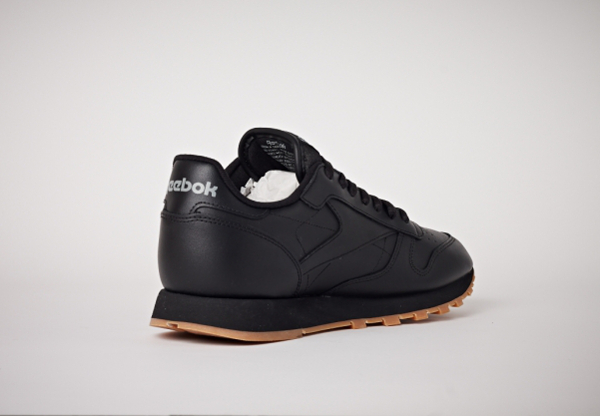 Reebok Classic Leather en cuir noir homme avec semelle gomme (12)
