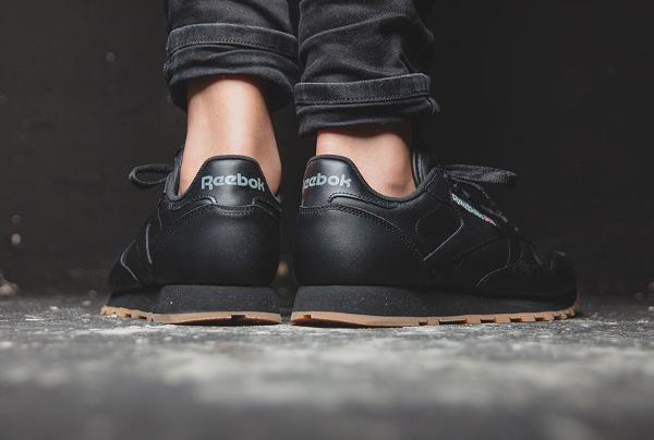 Reebok Classic Leather en cuir noir homme avec semelle gomme (2)