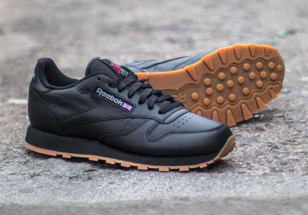 Reebok Classic Leather en cuir noir homme avec semelle gomme (4)