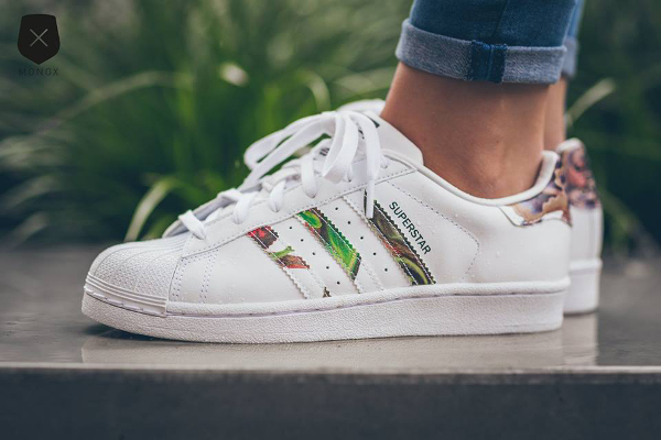 Adidas Superstar W Floral Stripes (3). Photos : Monox