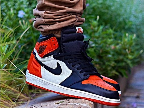 Air Jordan 1 High Shattered Backboard - @freaky.sneaks (1)