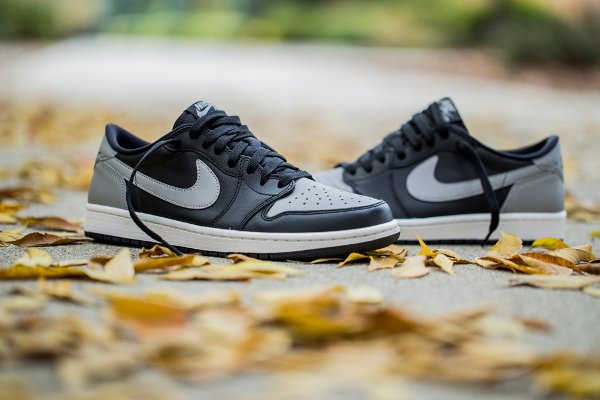Air Jordan 1 Retro Low OG Medium Grey (1)