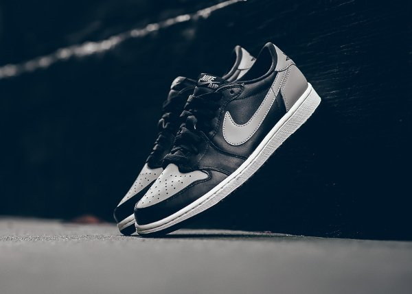 Air Jordan 1 Retro Low OG Medium Grey (9)