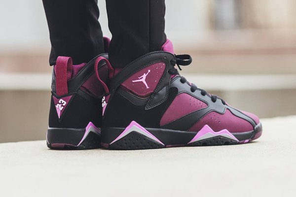 Air Jordan 7 Retro GG Mulberry pas cher (2)