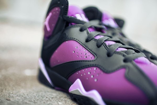 Basket Nike Air Jordan 7 Black Fuchsia Glow Mulberry Wolf Grey (femme) (3)