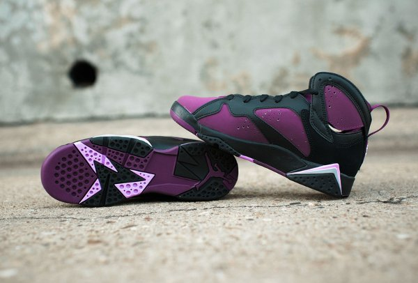 Basket Nike Air Jordan 7 Black Fuchsia Glow Mulberry Wolf Grey (femme) (5)