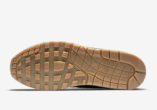 Basket Nike Air Max 1 verte et noire avec semelle gomme (4)