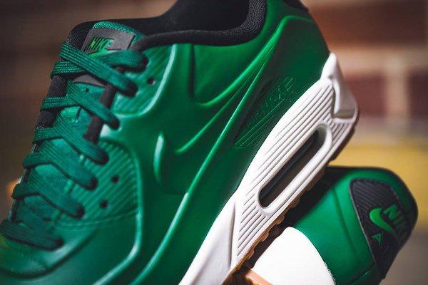 Basket Nike Air Max 90 Vac Tech verte avec semelle en gomme (2)