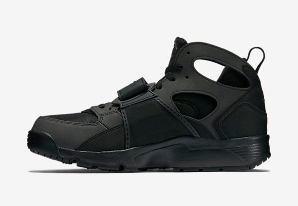Basket Nike Air Trainer Huarache noire (7)