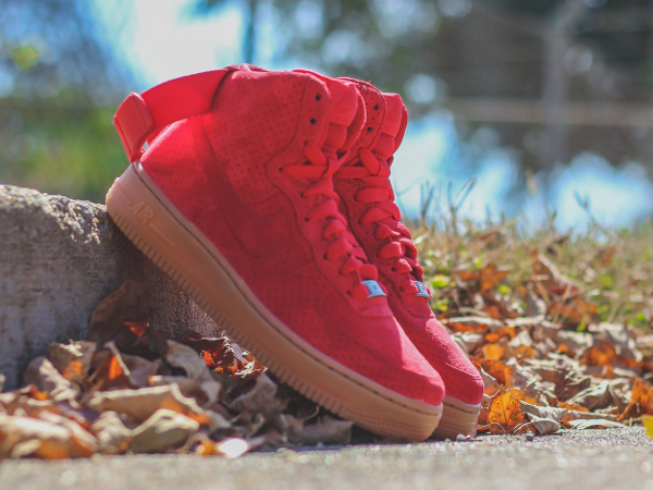 meilleures baskets 692ff c3941 Où acheter la Nike Air Force 1 High Suede Red Gum ?