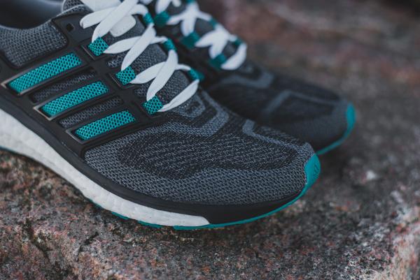 sale retailer 6e31a 30547 En vente (160 euros) chez Zalando  voir la paire et Adidas.fr  voir la  paire. Chaussure Adidas Energy Boost 3 (Grey Eqt Green S16 Core Black) ...
