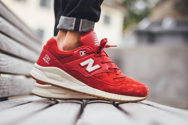 New Balance M530 AAF Solid Red Gum pas cher (2)