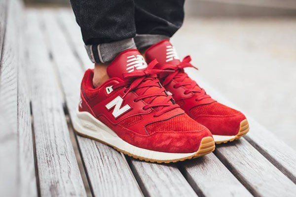 New Balance M530 AAF Solid Red Gum pas cher (3)