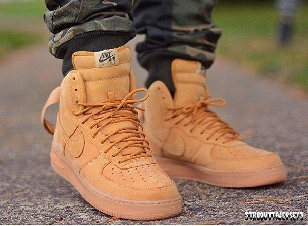 Nike Air Force 1 High 07 LV8 Flax Wheat pas cher (3)