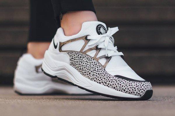 Nike Air Huarache Light Safari Black White (femme) (1)