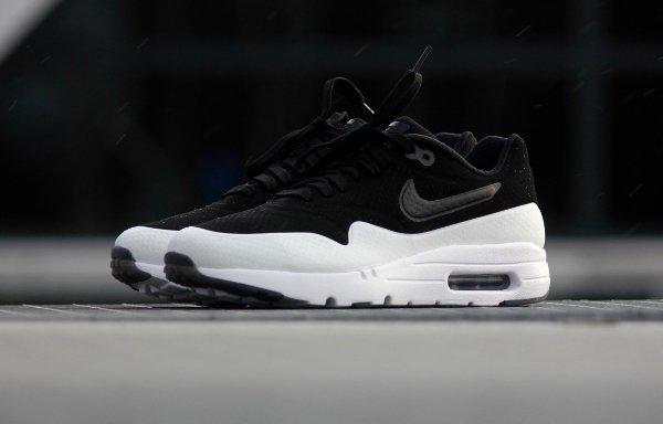 Nike Air Max 1 Ultra Moire Split 'Black White (2)