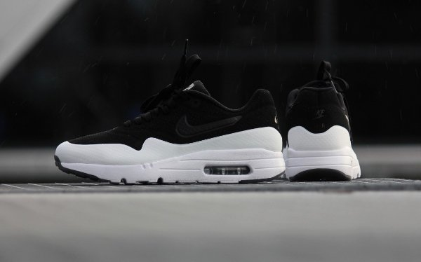 Nike Air Max 1 Ultra Moire Split 'Black White (3)