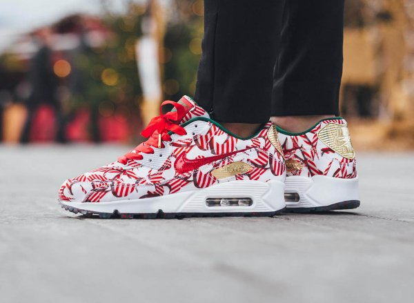 Nike Air Max 90 Christmas Gift Wrapped QS pas cher (1)
