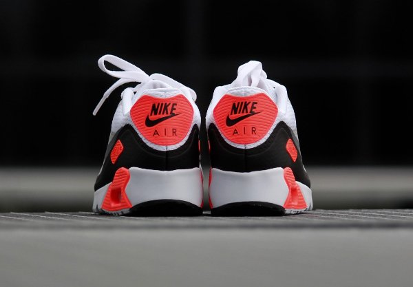 Nike Air Max 90 Ultra Essential OG Infrared pas cher (6)