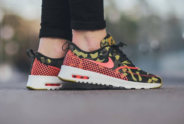 Nike Air Max Thea Jacquard Desert Camo Polka Dot (2)