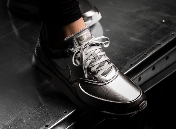 Nike Air Max Thea PRM Metallic Silver pa cher pour femme (1)