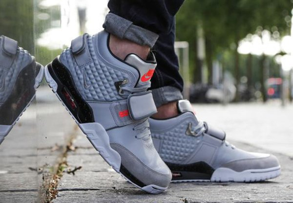 Nike Air Trainer V Cruz Wolf Grey Silver pas cher (1)