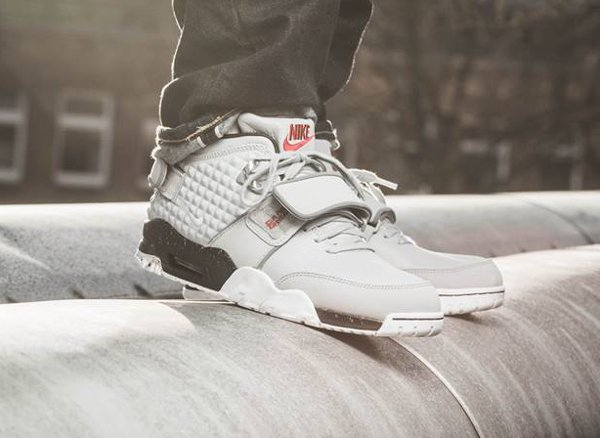 Nike Air Trainer V Cruz Wolf Grey Silver pas cher (3)