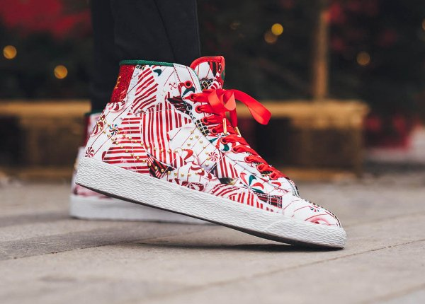 Nike Blazer Mid Christmas Gift Wrapped QS pas cher (3)