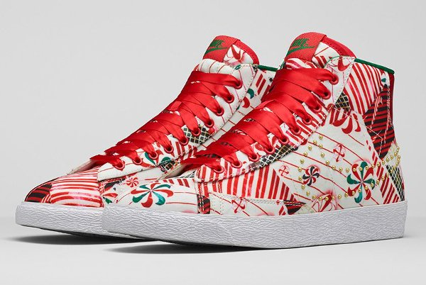 Nike Blazer Mid Christmas Gift Wrapped QS pas cher (6)
