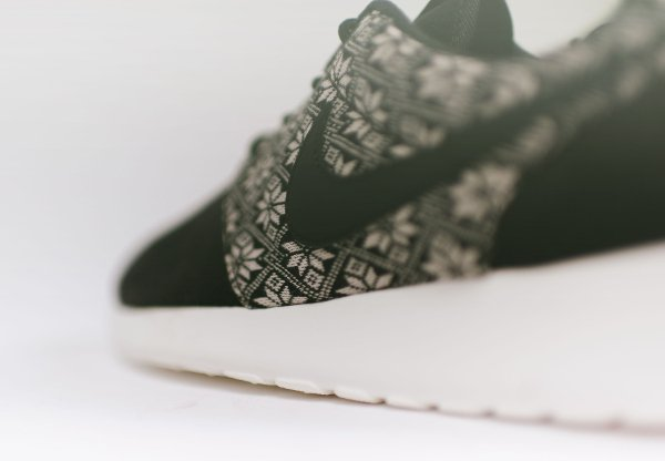 Nike Roshe One Winter Black Sail (4)