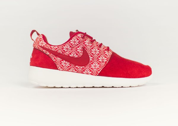 Nike Roshe One Winter Gym Red pulls de noël (1)