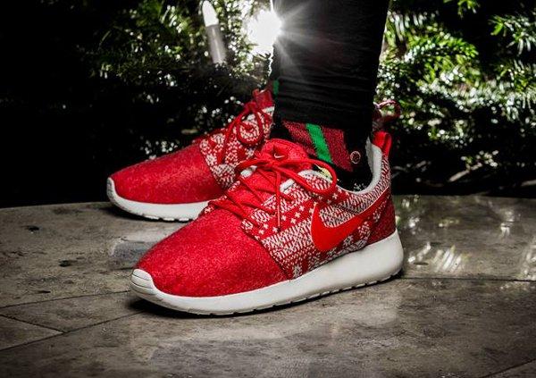 Nike Roshe Run Winter Christmas Sweater Red