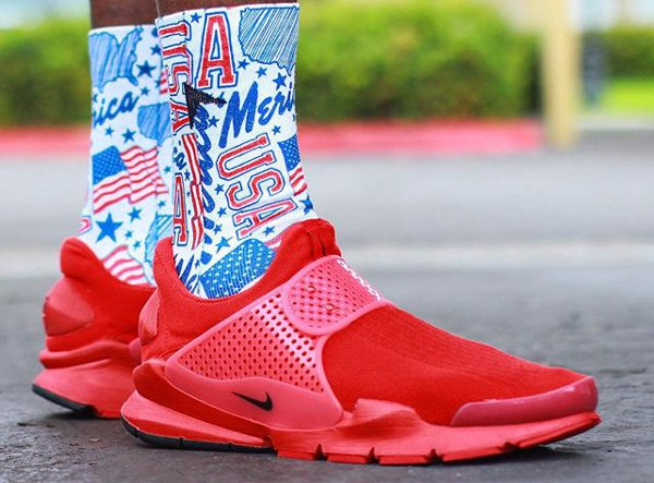 Nike Sock Dart Independence Day - @franknittyy