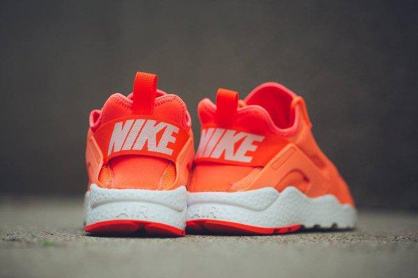 Nike Wmns Air Huarache Ultra Run (4)