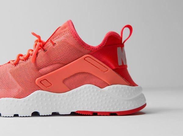 Nike Wmns Air Huarache Ultra Run (5)