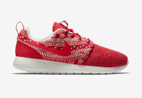 Nike Wmns Roshe One Winter University Red (3)