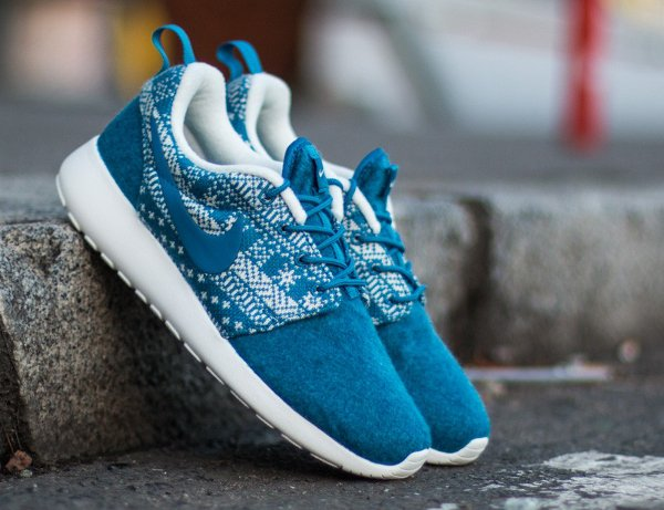 Nike Wmns Roshe One Winter bleue